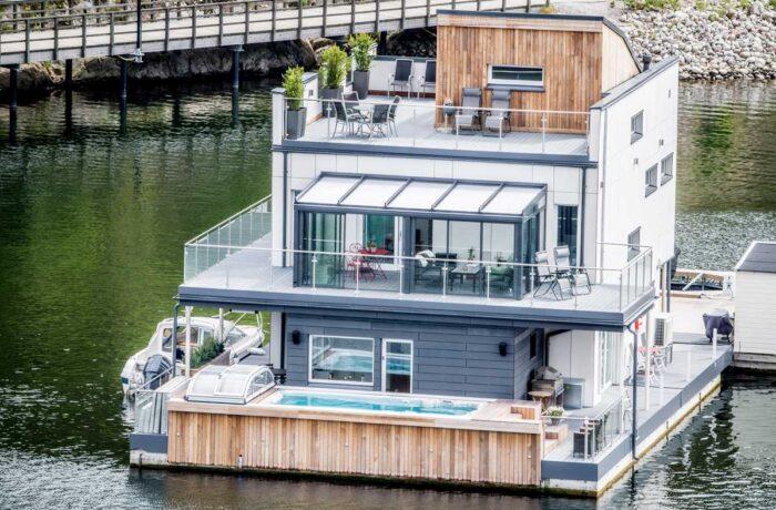 Flytande hus med pool